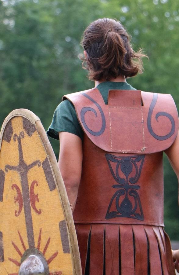 cuirasse gauloise celte cuir